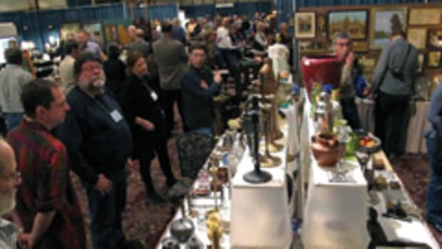 Arts and Crafts collectors, makers and dealers keep tradition alive at Johnson's annual conference in Asheville, N.C.