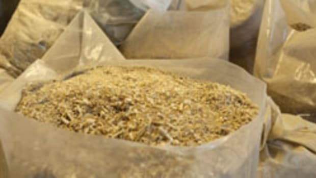 Still hauling bags of sawdust to the dump? There are alternatives.