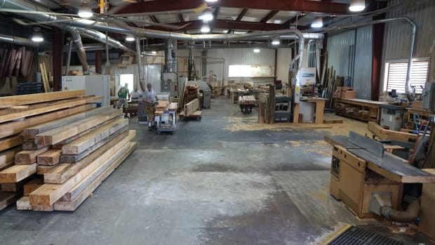 wood-shop-interiorx1600