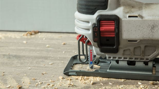 LXB406T-Lenox-Power-Blast-Jig-Saw-nail-embedded-wood-application-lifting-floorboards-closeupx860
