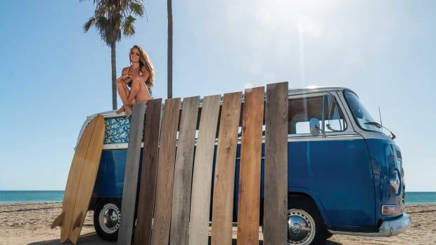 Cali-Vinyl-Longboards-bus_1800