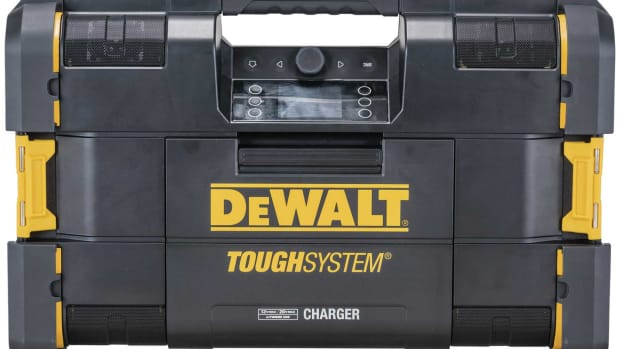 DeWalt-radio_1`800