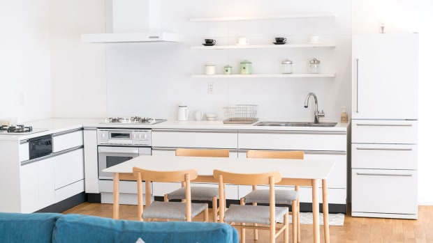 F)-Kitchen-Cabinet_residential-setting