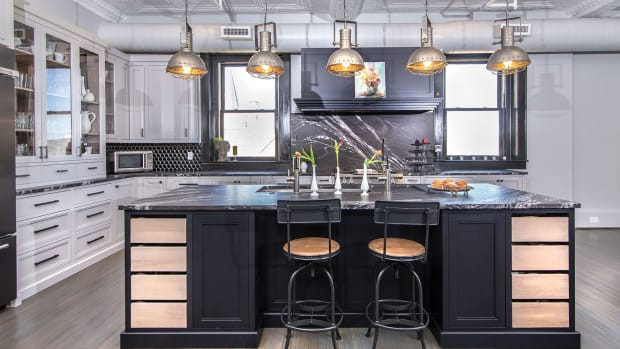 J)-Black-and-white-inset-style-kitchen