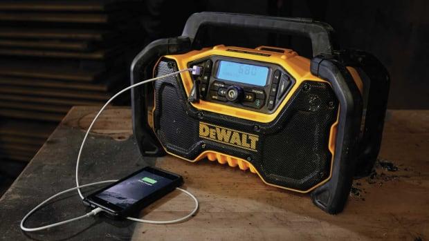 DeWalt-radio_1800