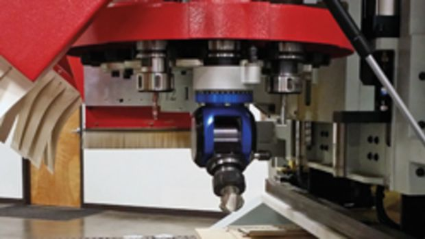 Anderson America is now incorporating free and standard aggregate capabilities on its entire line of CNC routers. Shown here is the Anderson America router with Status Pro Tool changer Flex Aggregate.