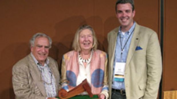 Vladmir Kagan, left, receives The Furniture Society's Award of Distinction.