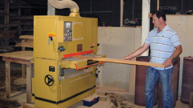 Steve Everett, a consultant for 1-800-BUNKBEDS, joined the program in 2008 after the economy hurt his career as an independent woodworker.
