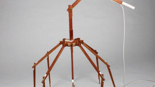 C)-Spider-Lamp_web