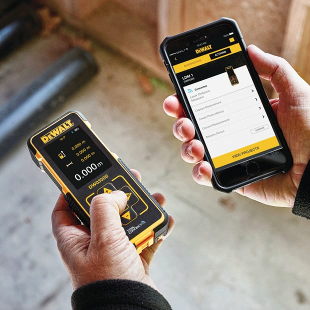 DeWALT-DW0330S-with-phone-app