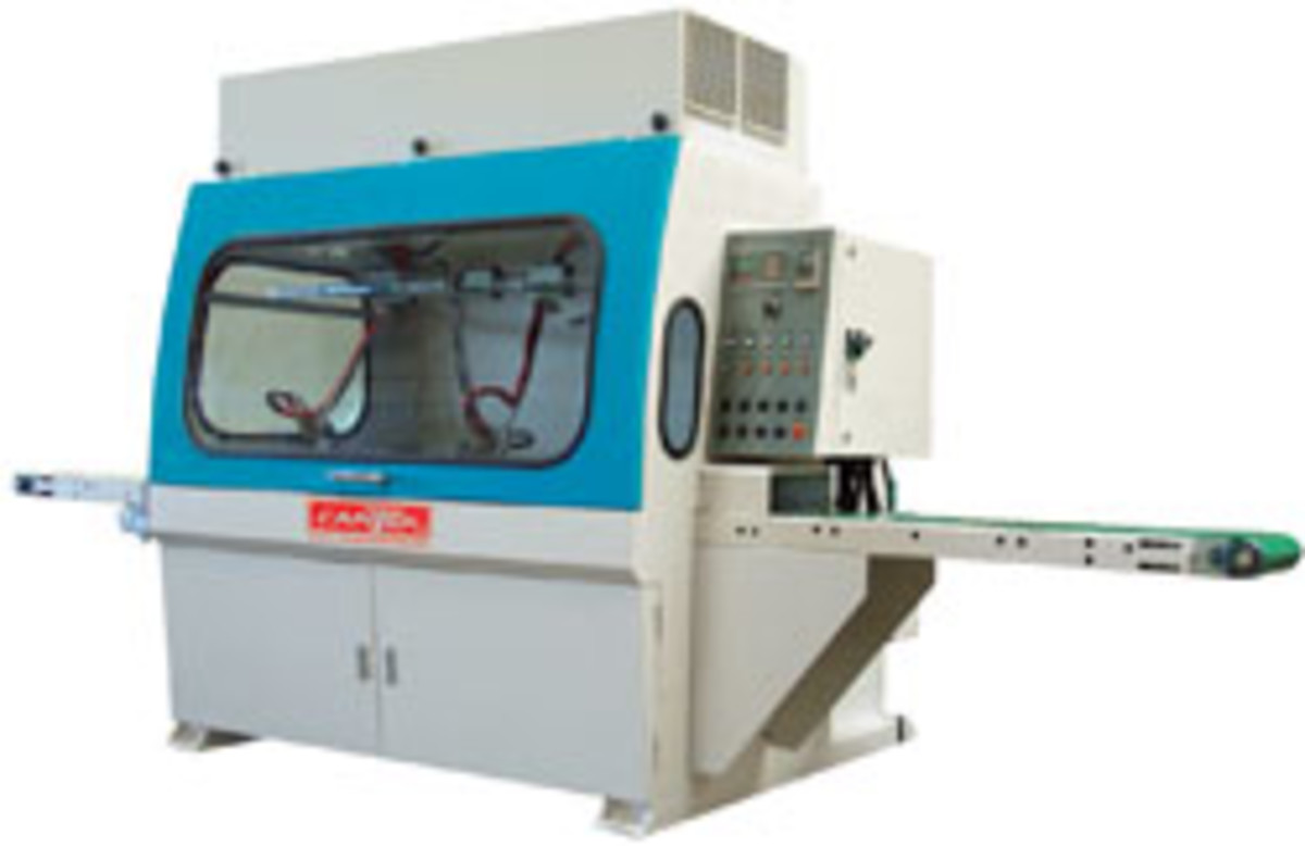 Cantek's CD300 automatic linear spraying machine.