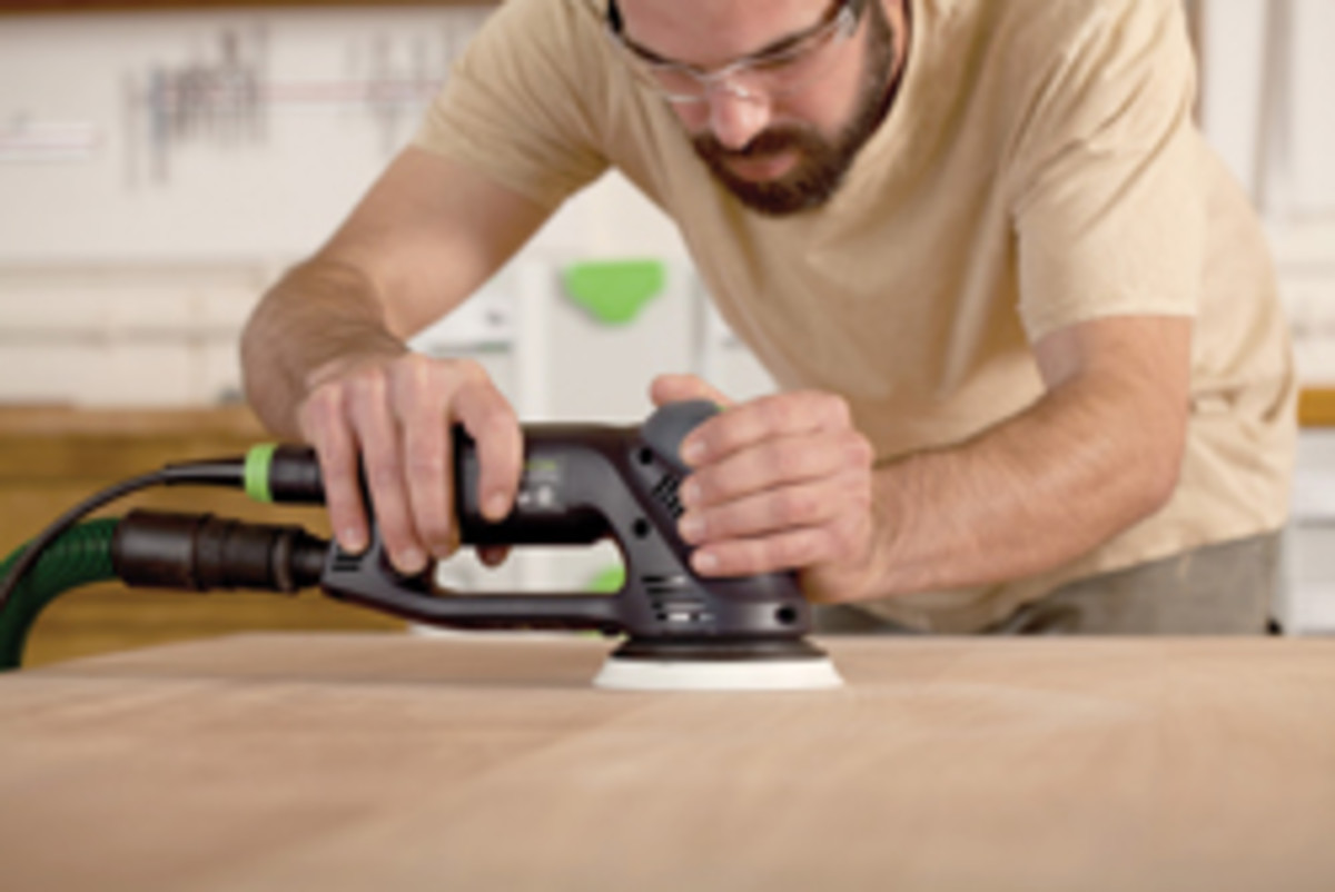 Festool promotes dust collection at the tool with its system.