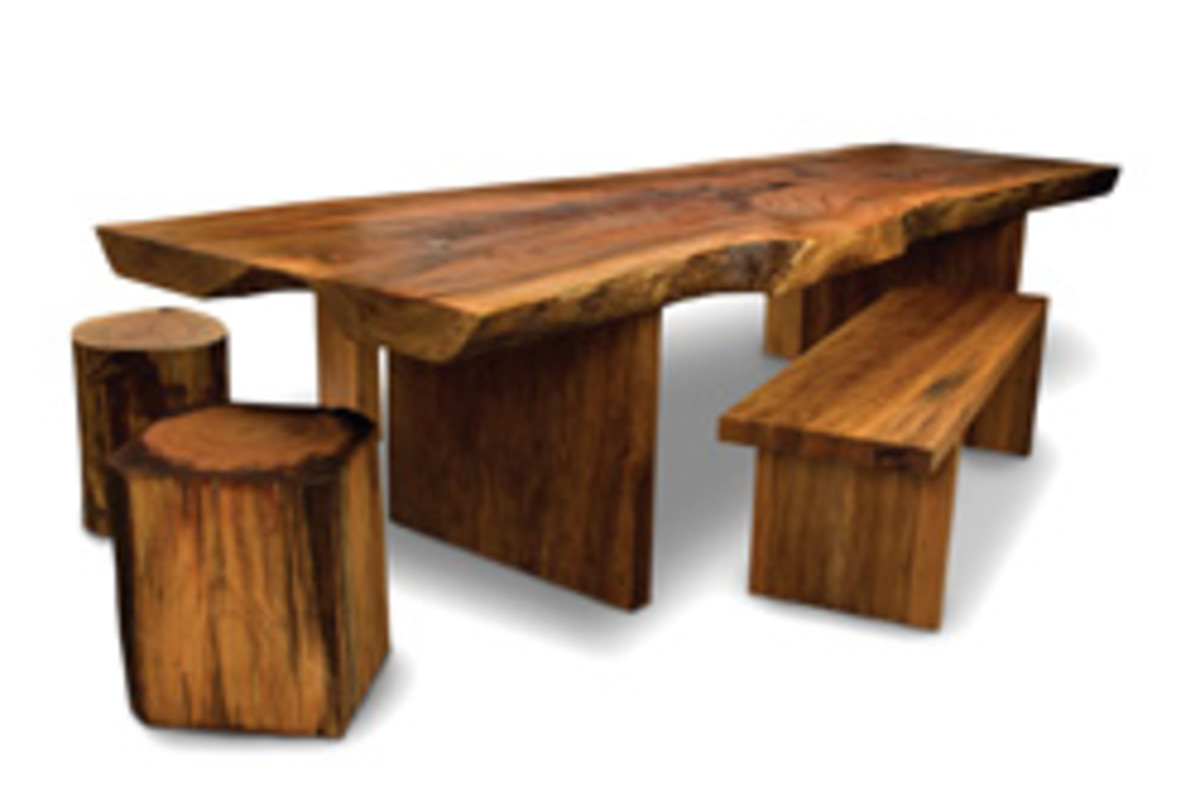 David Stine of Dow, Ill., exhibited this table set at this year's Western Design Conference in Jackson, Wyo.