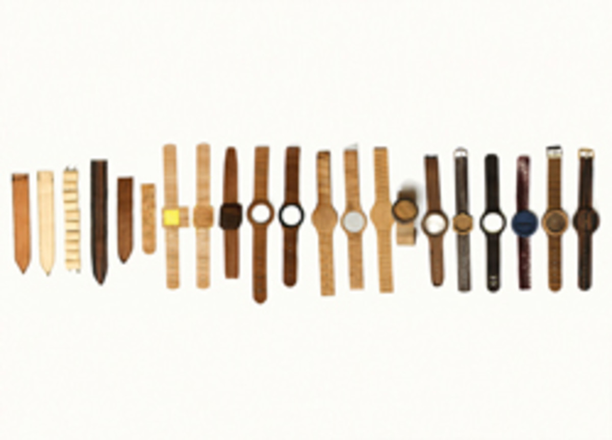 Inspired by wooden iPhone cases and wallets, Lorenzo Buffa developed 'minimalist' wooden watches for a college thesis project. His company, Analog Watch Co., has about 100 wholesale accounts.