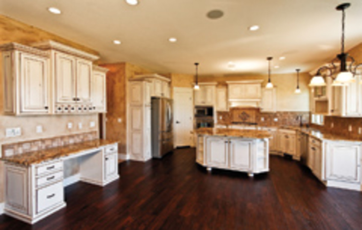 This large kitchen features the company's popular antique glaze finish.