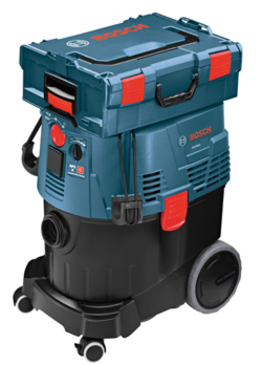 The nine-gallon model VAC0909OA.