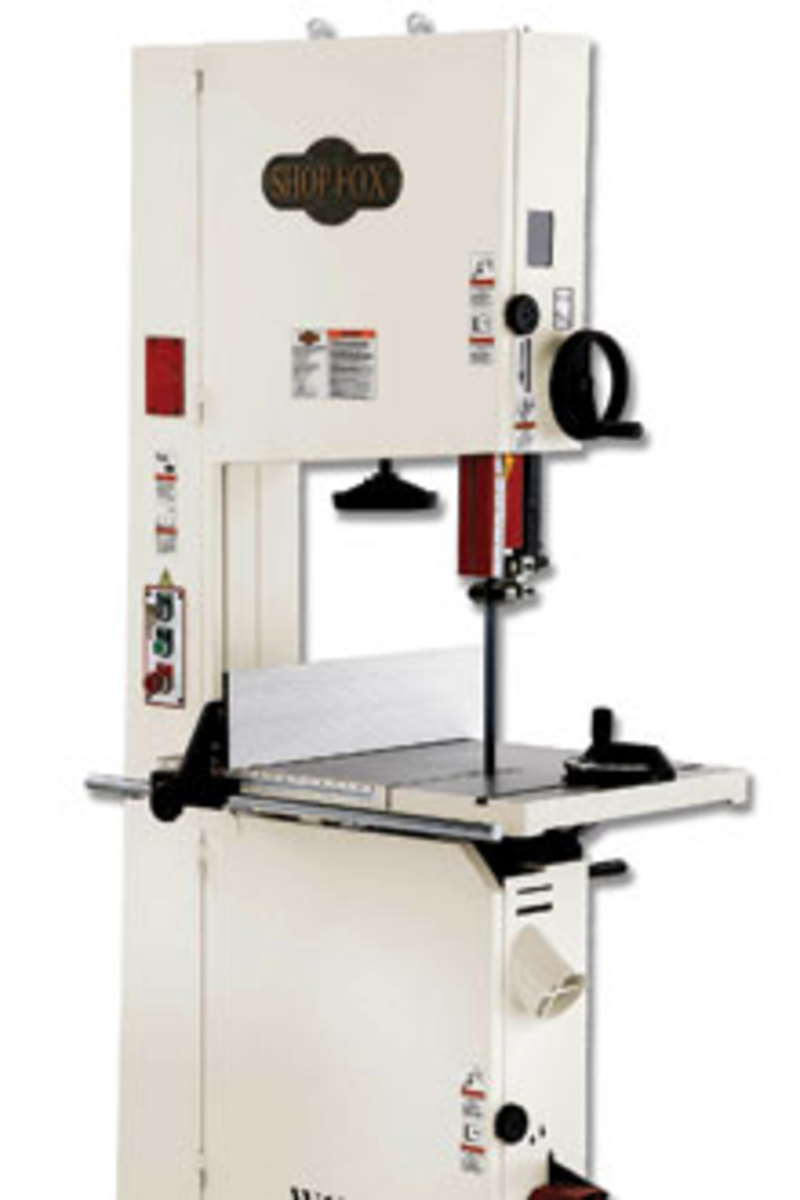 The Shop Fox model W1770 features a gear-controlled tilting table.