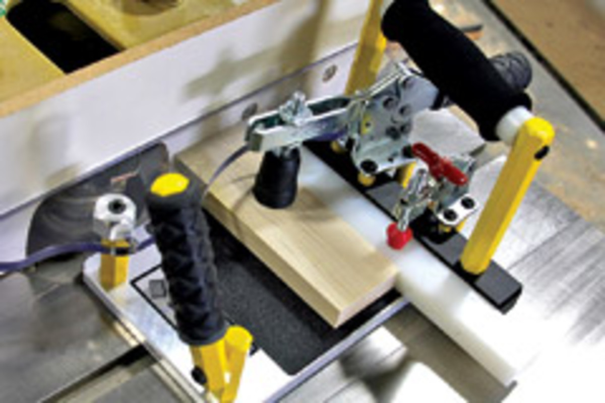 """The Wynmatic Mini-Coper can accommodate workpieces up to 7"""" wide and 1-1/4"""" thick."""