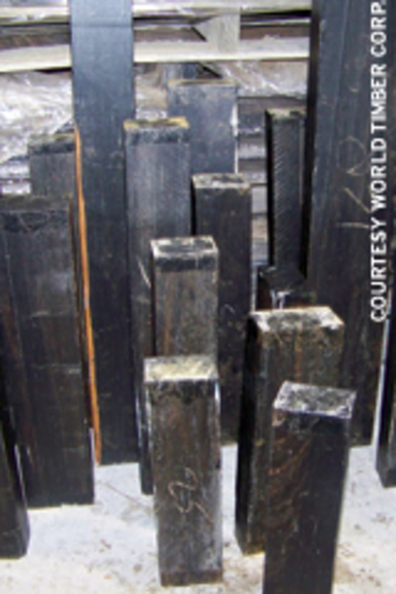 Billets of 8/4 Gabon ebony.