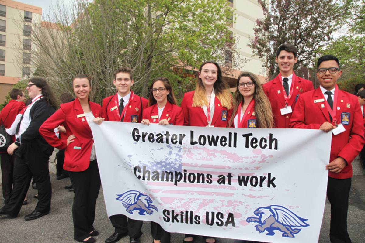 B)-Greater-Lowell-Tech-group