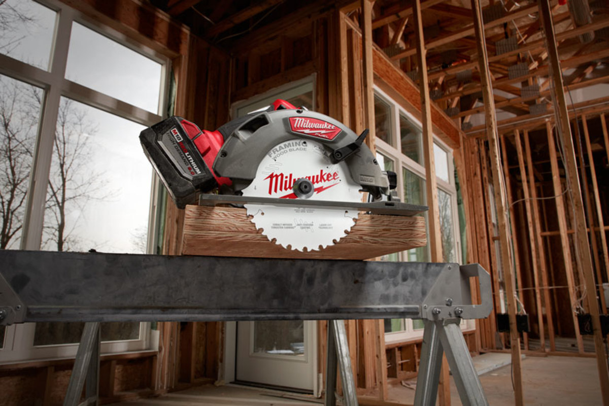 New circular saw blades from milwaukee woodshop news milwaukee tool introduces a range of new wood cutting circular saw blades engineered with anti friction coating and laser cutting technology greentooth Image collections