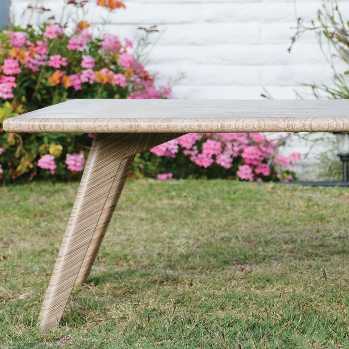 This coffee table by OSO DIY, a project sharing website, took first place in the Rockler Plywood Challenge.