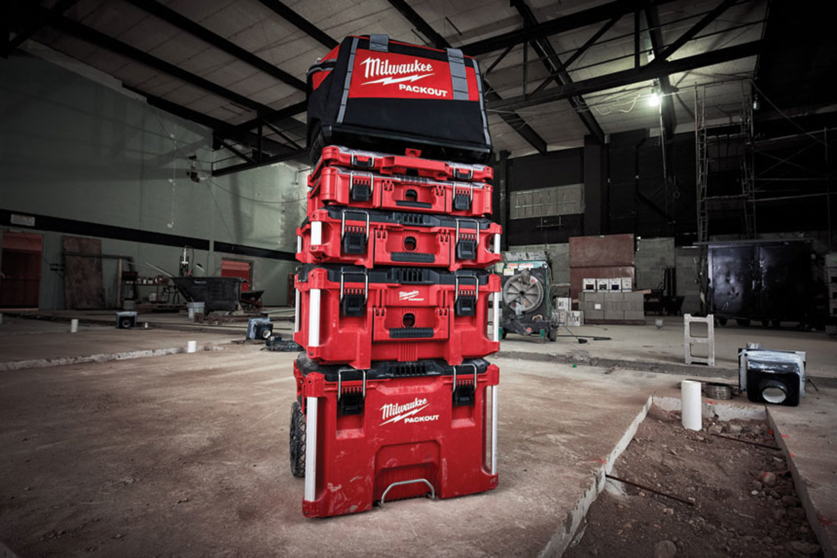 A)-Milwaukee-Packout-system-stack