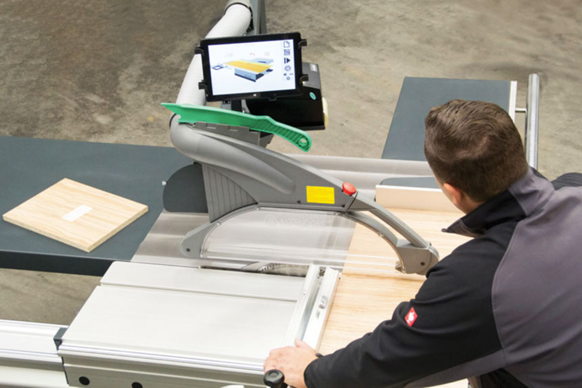 Altendorf offers an operator guidance  system, Magis, for its sliding table saws.