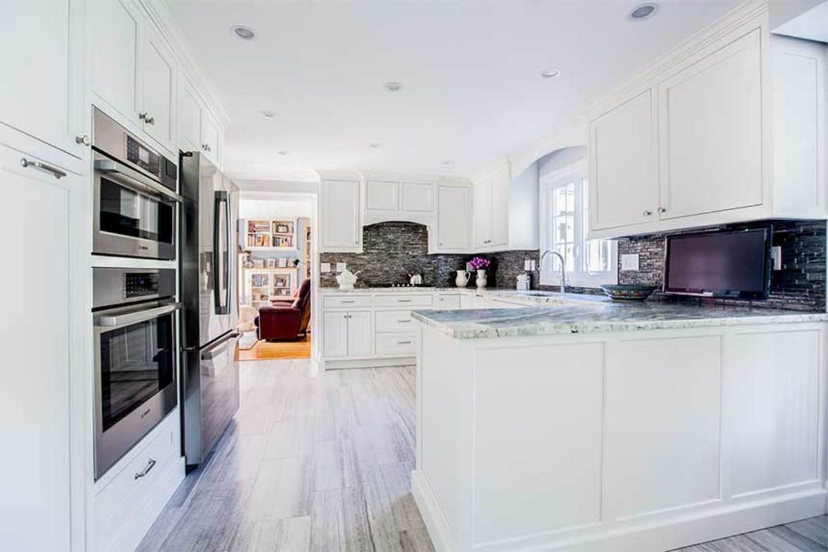 D)-white-cabinets-with-granite-countertop