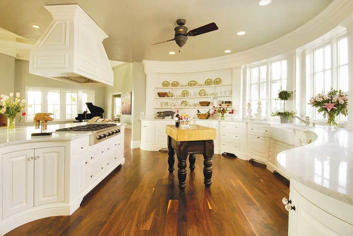 Saint-Georges specializes in providing curved cabinet doors and matching millwork.