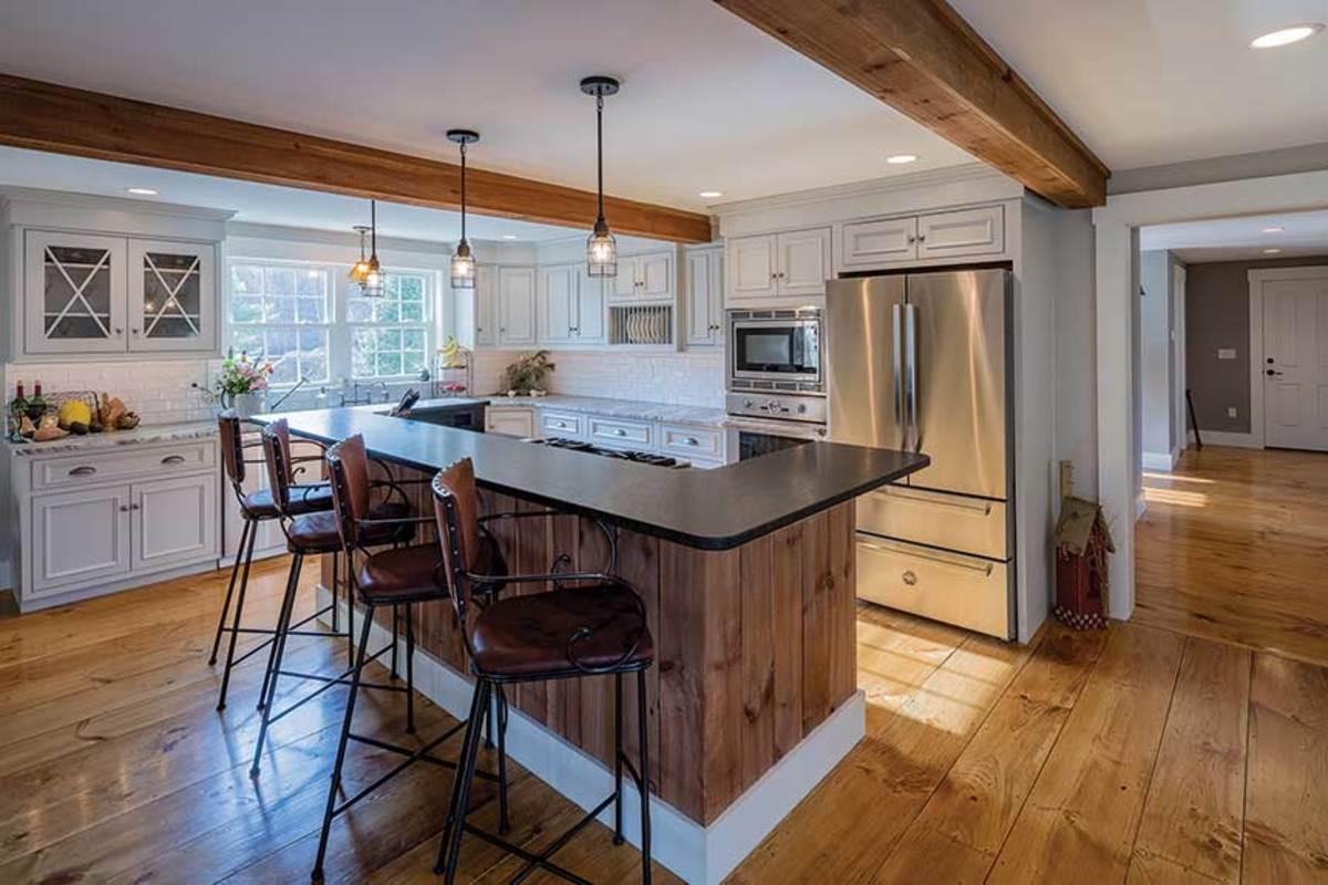 B)-Rustic-kitchen---Cedar-Crest