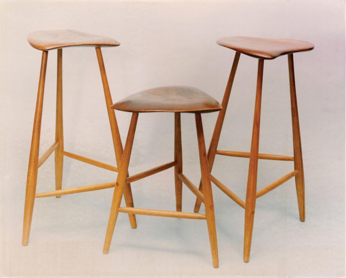 D)-Esherick-three-legged-stools