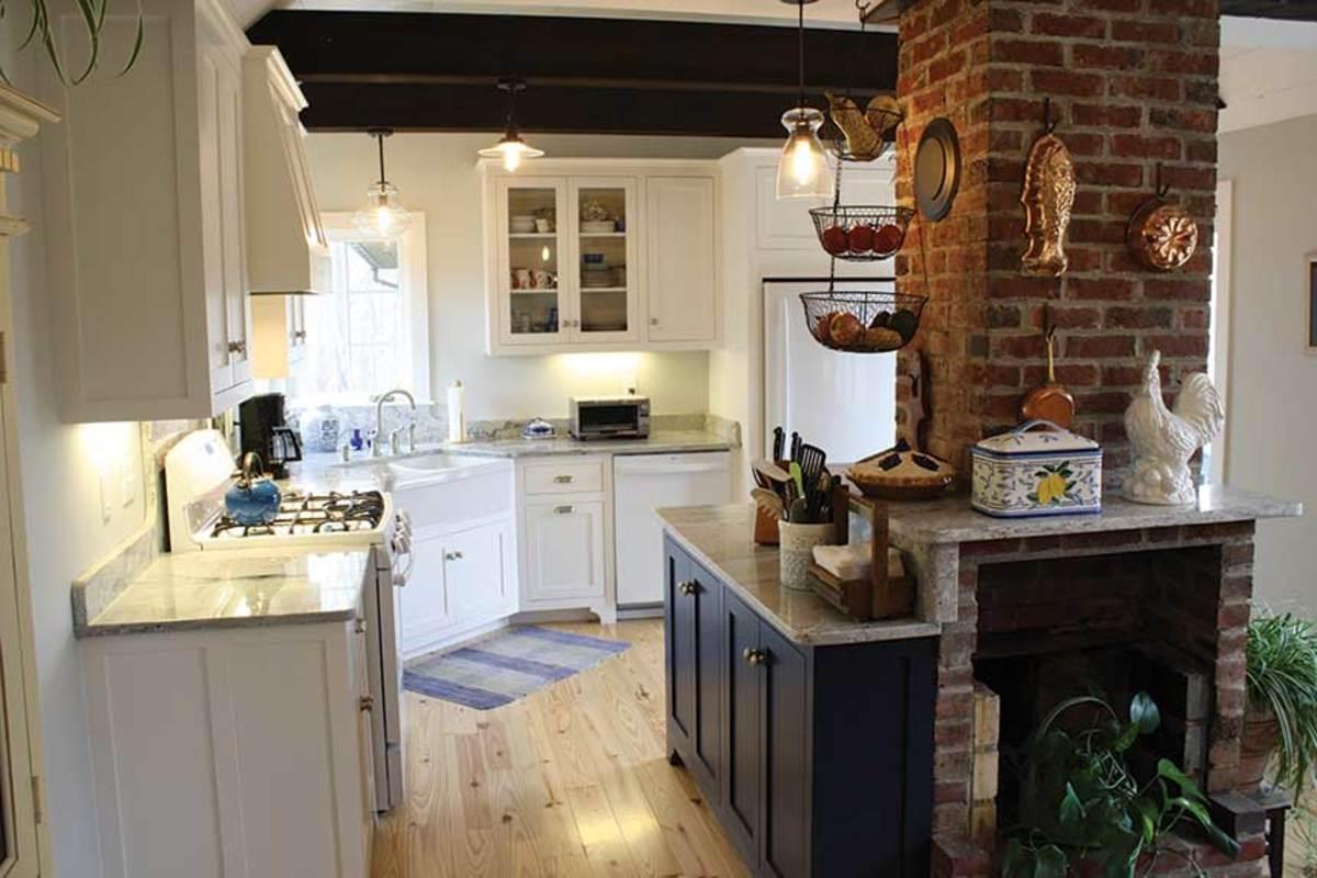 A)-kitchen-with-corner-sink