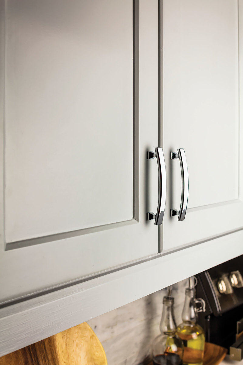 Handles from the Edgefield Cabinet Hardware Collection atHardware Resources.