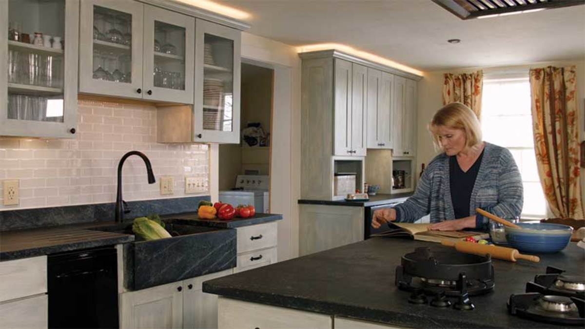 A kitchen with soapstone countertops, courtesy of Vermont Soapstone.