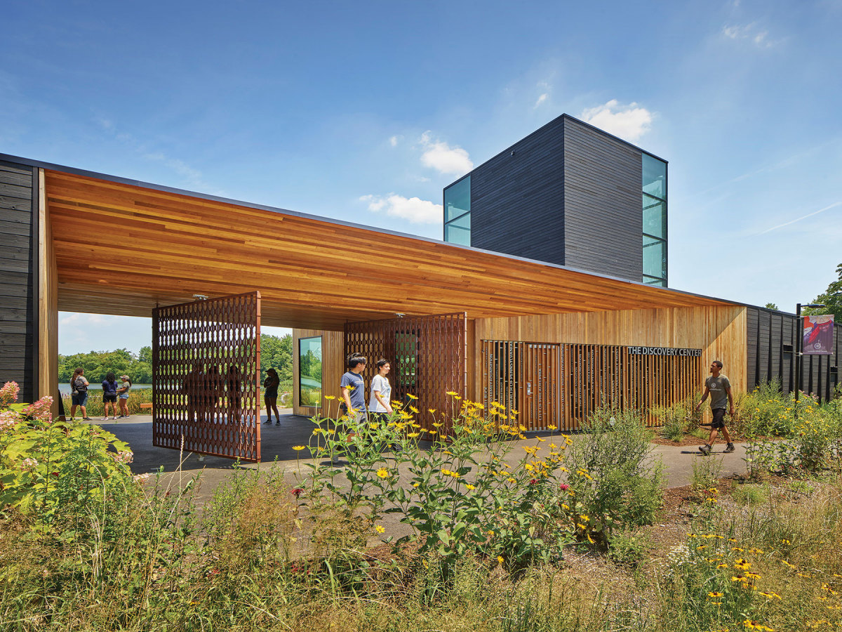 The Discovery Center of Philadelphia, winner of  the Institutional Wood Design category. Developer/owner: East Park Leadership & Conservation Center Architect: DIGSAU  Structural engineer: CVM Contractor: Intech Construction